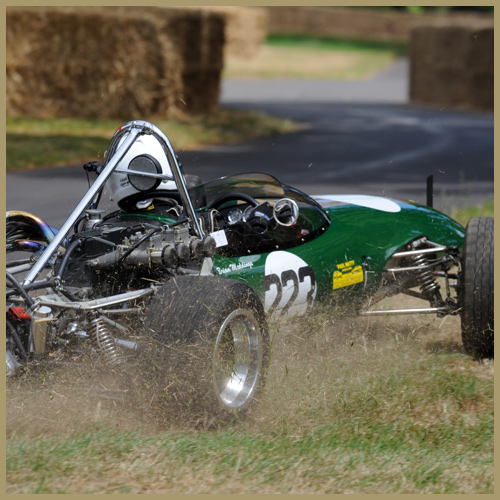 Brian Meddings in the Lotus 22, Chateau Impney Hill Climb, Droitwich